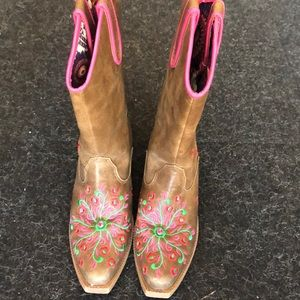 Blazin Roxx sz 13.5 girls cowgirl boots super cute